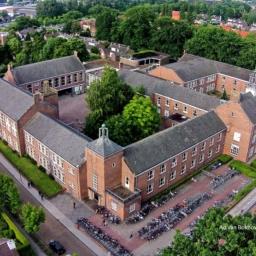Moller college luchtfoto